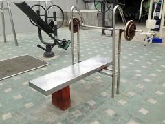 韓国の公園に必ずあるものは「トレーニングマシン」!?
