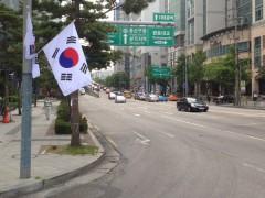 韓国の街中に国旗が並ぶ日は「祝祭日・国慶日」