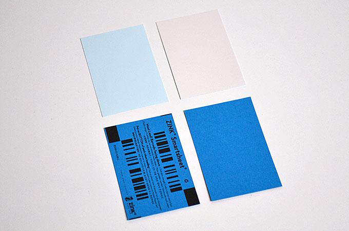 写真の紙と色を補正してくれる青い用紙には裏表があります。