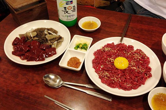 生のユッケを食べたい方は韓国ソウルの「ユッケ チャメチッ 육회 자매집」