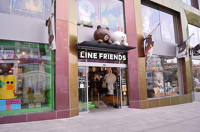 LINEのキャラクターグッズが販売されてるラインフレンズストア