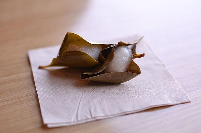 韓国の柏餅「망개떡 マンゲトク」を食べてみた!