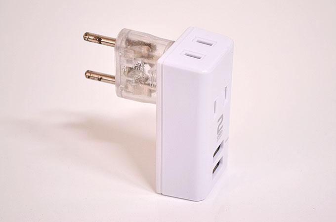 USB付きコンセントプラグに変換プラグを付けて、