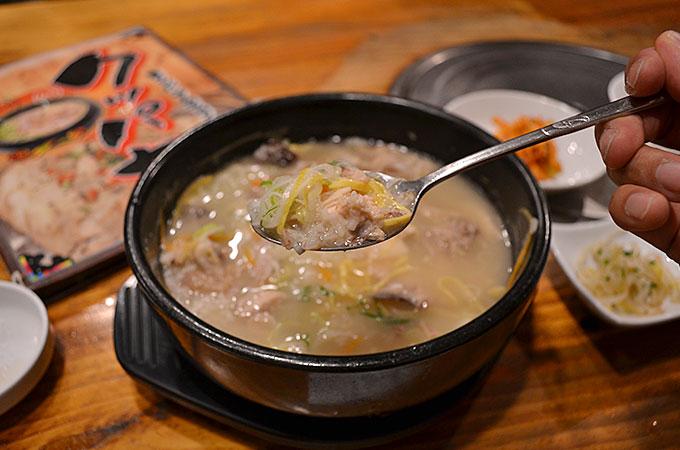 スープはあっさりと感じちゃいましたが、コクがありとても美味しい♪