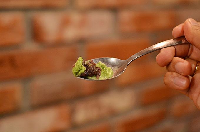 小豆が甘く美味しくて、抹茶との相性はバッチリじゃないですか! 夏には韓国のかき氷がいいですね〜♪