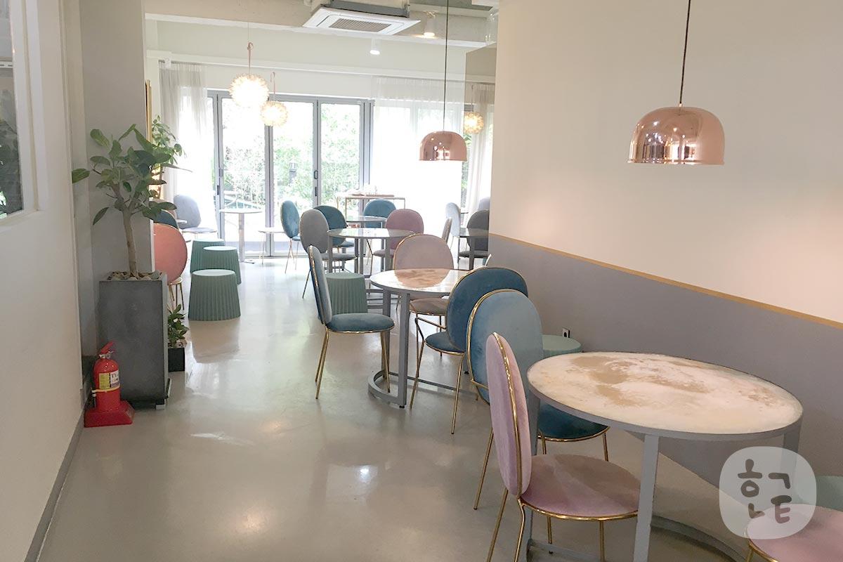 カフェ「maillet マイエ」