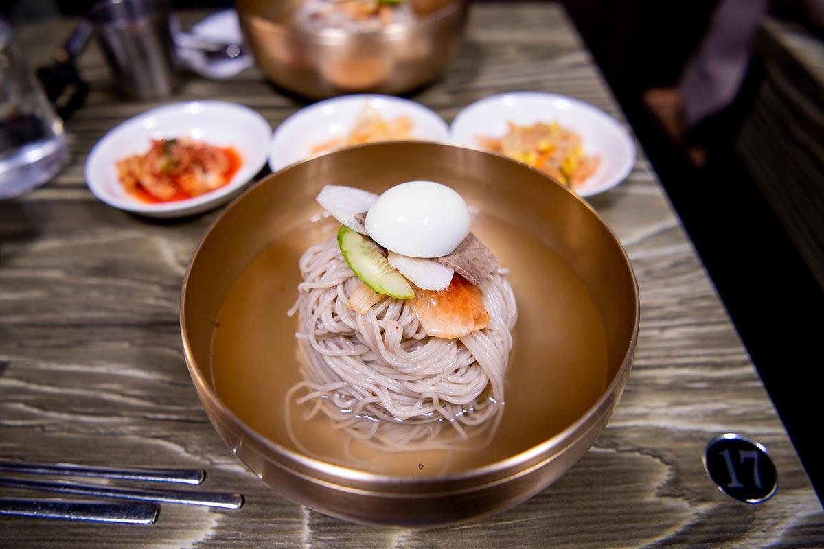 韓国ソウルで平壌冷麺を食べてきた!大人気店「トンムパプサン 동무밥상」