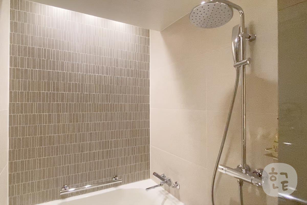 シャワールームも広かったです!